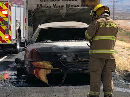 Bystanders jump to help after car being towed by U-haul bursts into ...
