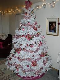 how to decorate flocked christmas tree pink christmas tree decoration