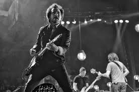 pearl jam made us fall in love all over again at madison square garden observer