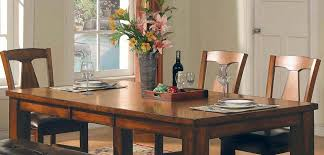ing an oak dining table