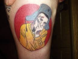 Xzibit одобряет парень набил себе портрет парня с татуировкой на лице