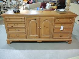 Portland Bedroom Furniture Portland Consignment Seams To Fit Home