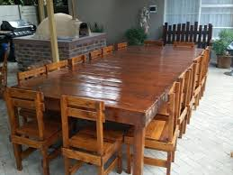 Reclaimed Pallet Dining Table:
