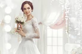花嫁必見ボートネックのウェディングドレスおすすめデザイン18選