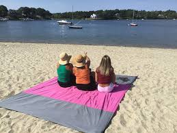 beach towels on sand. SAND-AWAY Sand Proof Outdoor Compact Beach Blanket (7) Towels On B