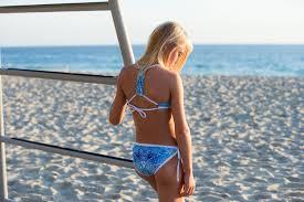 Teens in bikini 046 jpg