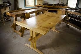 build a dovetail desk