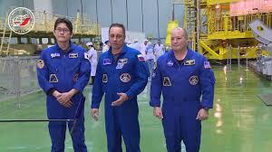 МКС провели контрольный осмотр космического корабля Союз МС  Изображение Экипажи МКС 54 55 провели контрольный осмотр космического корабля Союз МС