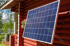 Kuva: Aurinkokenno mökin seinällä - aurinkopaneeli aurinkosähkö sähkö  paneeli energia aurinkoenergia - Kuvapankki - Kuvatoimisto Vastavalo.net