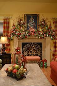 Looks like my friend Pat's mantel. :) Kristen's Creations: Christmas Tree  Lanterns Really just looking at the curtains.
