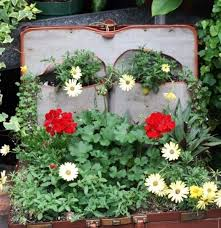 Small Picture flower garden ideas for small spaces Landscaping Gardening Ideas