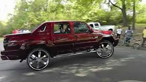 Avalanche chevy avalanche 33 inch tires : Bagged Chevy Avalanche Wet Paint Tv's - YouTube