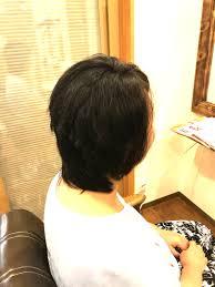 広がる髪をまとまりよく 大人女性のためのくせ毛専門美容室 京都