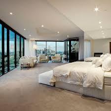 Amazing Floor To Ceiling Windows Dominate The Master Bedroom Of A Melbourne  Penthouse. Credit