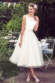 Handmade Svadba Retro Je Stále In Aj Vo Svadobných účesoch