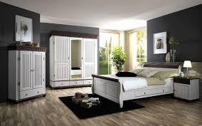 Schlafzimmer Wandfarbe Braun Beige Schlafzimmer Mit Dachschräge