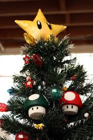 Amazoncom Nintendo Super Mario Brothers 19 Piece Deluxe Holiday Super Mario Christmas Tree