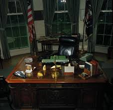 desk in oval office. Desk In Oval Office
