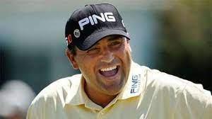 Angel Cabrera keeps Masters defence ...