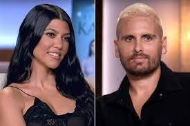 Kourtney Kardashian, Travis Barker Play ...