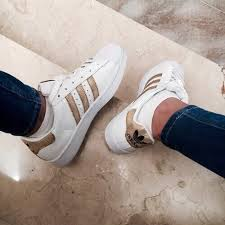 adidas shoes for girls superstar black. adidas, black, fashion, girl, gold, jeans, shoes, sneakers, adidas shoes for girls superstar black