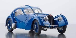 The bugatti type 57 g le mans racing car known as the tank. Cmc Bugatti Type 57 Sc Atlantic 1938 Aktuell Nicht Bestellbar Cmc Modelcars
