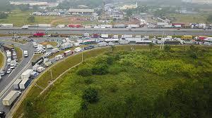 Resultado de imagem para transporte de cargas greve caminhoneiros