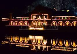 Washington Park Albany Ny Christmas Lights Visit Christmas Arts And Crafts Market At The Beautiful