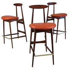 Modern Kitchen Counter Stools Kitchen Accessories Awesome Kitchen Counter Bar Stool Ideas Brown