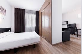 Quadratisches Wohn Esszimmer Einrichten