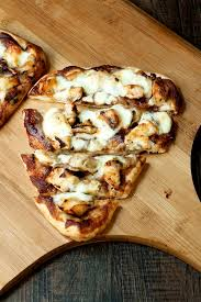 en apple flatbread uses apple er in place of the typical red or white pizza sauce