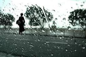 Resultado de imagem para gotas de chuva na janela