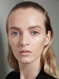 runway beauty victoria beckham s s 2016 hair and makeup