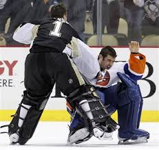 Rick DiPietro and Brent Johnson prove why NHL Goalies should never fight  (Video) - masslive.com