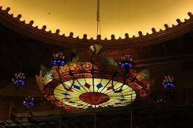 the world s largest chandelier made by the meyda tiffany chandelier company now adorns the stanley theatre in utica new york this chandelier uses 328 leds