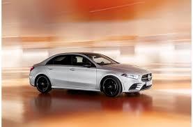 Acaba de comenzar el año 2020, momento ideal para hacer un pequeño recorrido por los cinco modelos de mercedes que, para nosotros, son los más llamativos del año. Bmw Vs Mercedes Benz Cual Marca De Autos Es Mejor Gossip Vehiculos