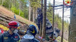 Un niño de cinco años, único superviviente del accidente de teleférico en  Italia