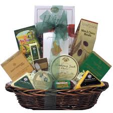 amazon great arrivals gourmet cheese gift basket clic candy grocery gourmet food