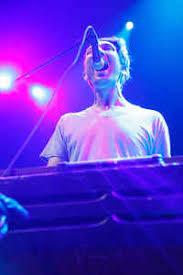 Ezra Reynolds | Discography | Discogs