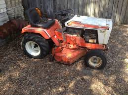simplicity sovereign 7016 hydrostatic tractor with implements