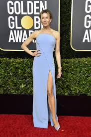 Jennifer aniston, meanwhile, stayed true to her red carpet signatures (structured, strapless, black), but turned the volume up a few notches in dior couture. All Golden Globes 2020 Red Carpet Celebrity Dresses And Looks