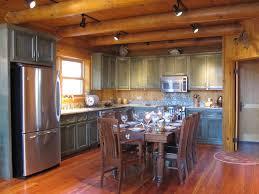 Cabin Kitchen Bellissimoandbellablogspotcom Log Cabin Kitchen Green Cabinets