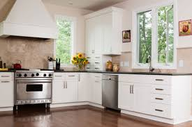 2021 cost to paint kitchen cabinets