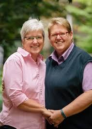 Real life mature lesbians
