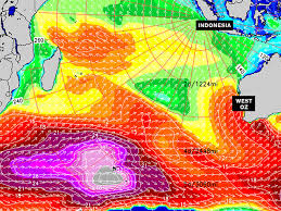 Coming In Hot Indian Ocean Xxl Swell Surfline Com
