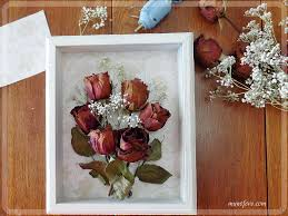 Dried Rose Shadow Box - simple but beautiful way to display dried flowers.  Decorating IdeasCraft ...