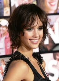 jessica alba short permed hairstyle