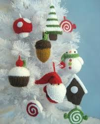 Tiny Knitted Ornaments: Source