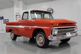 1966 CHEVROLET C 10 SHORT BED FLEETSIDE 1/2 TON CUSTOM CAB TRUCK