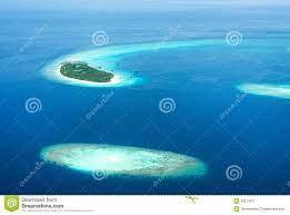 Isole Delle Maldive Tropicali In Oceano Indiano Immagine Stock - Immagine  di litorale, hotel: 28277621